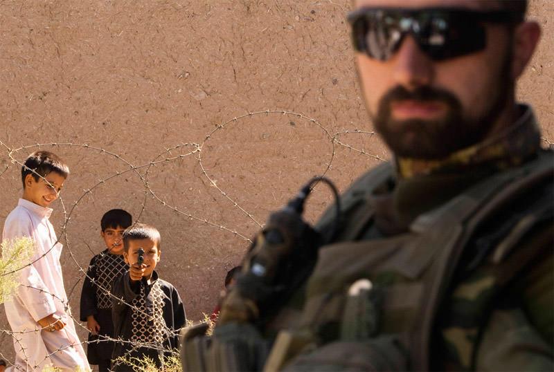 Dziecko z pistoletem - Afganistan
