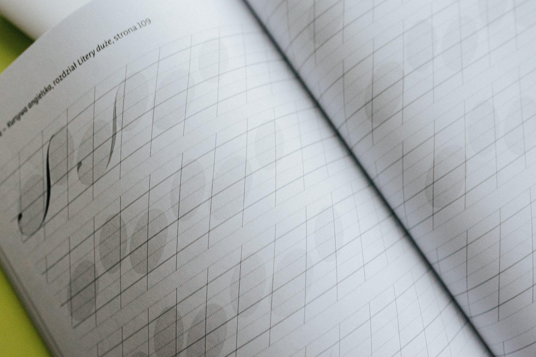 piękna litera zeszyt ćwiczeń recenzja kaligrafia