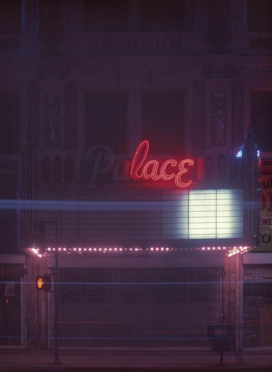 Miasto aniołów nocą