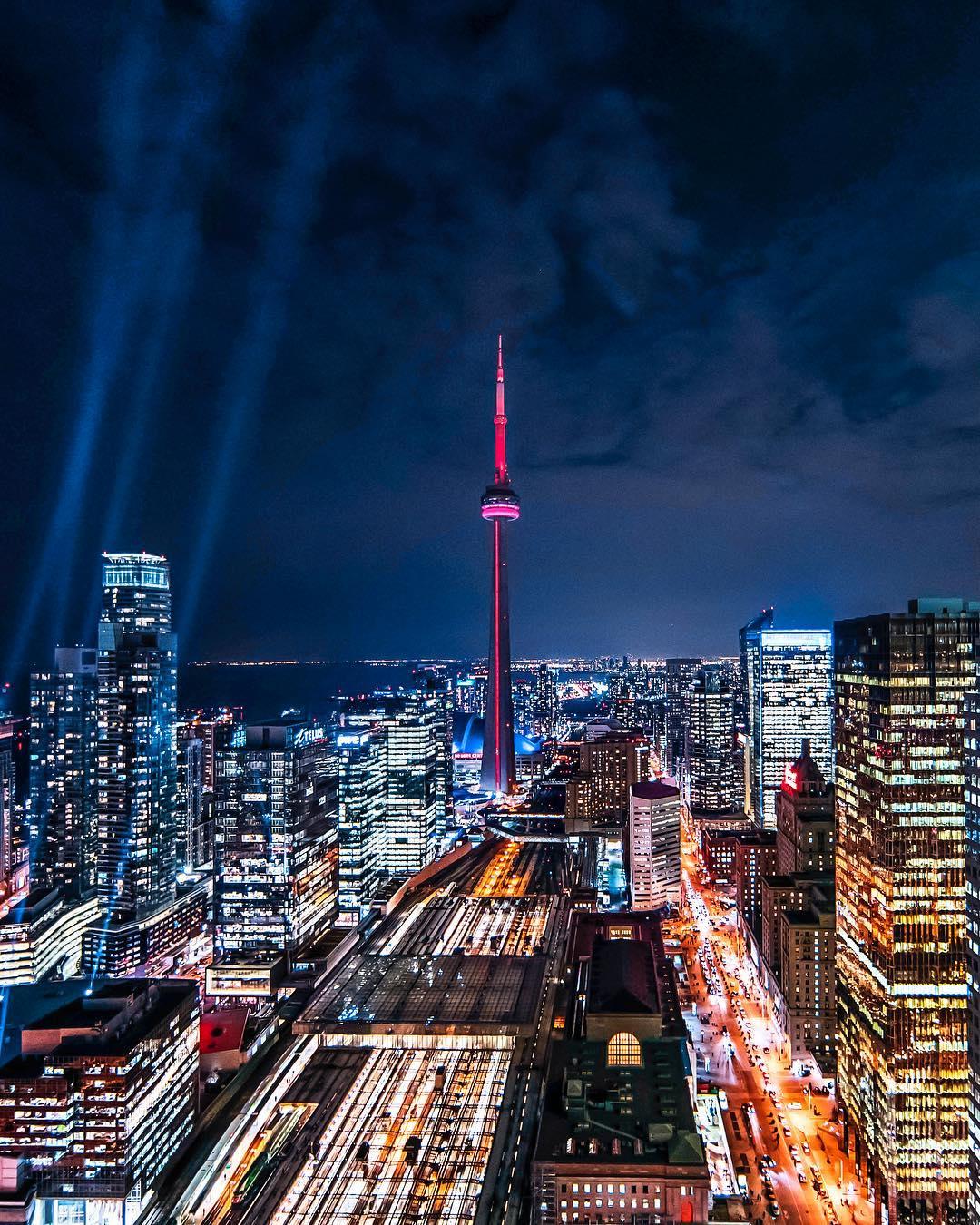 Peter McKinnon panorama i Toronto Tower