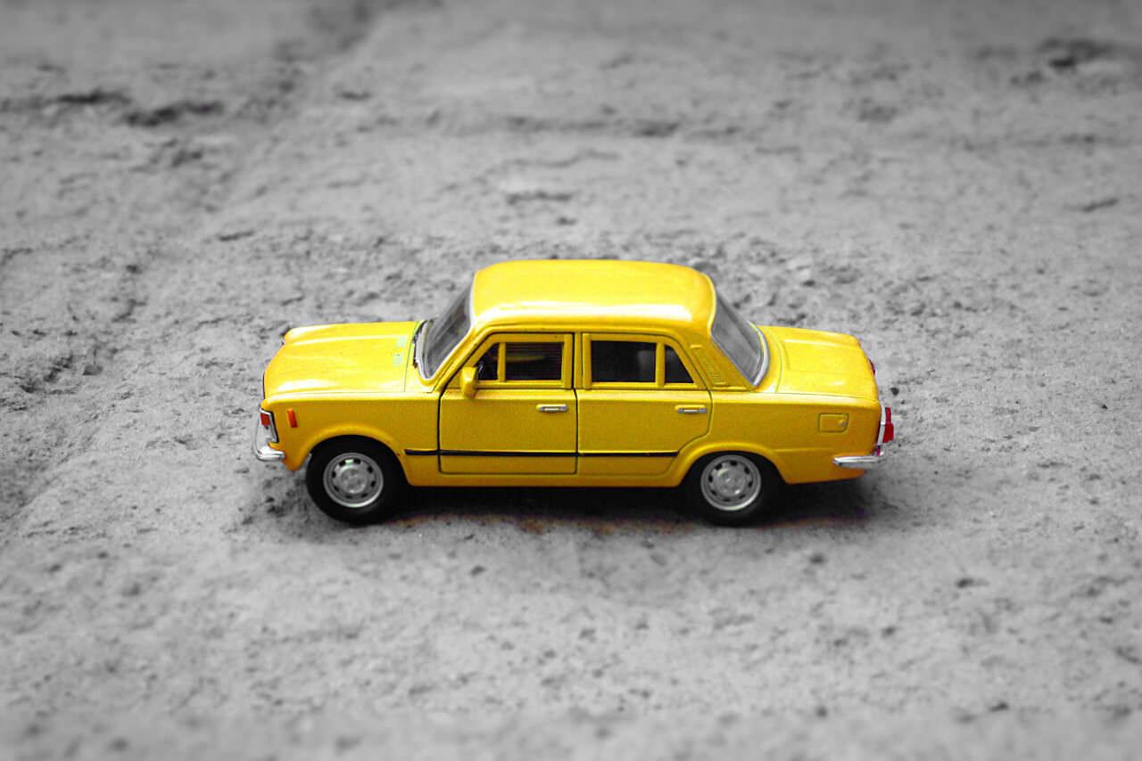 Fiat 125 żółte cacko z PRL