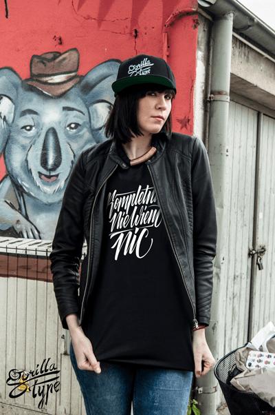 gorillatype-koszulki-kaligraficzne-5