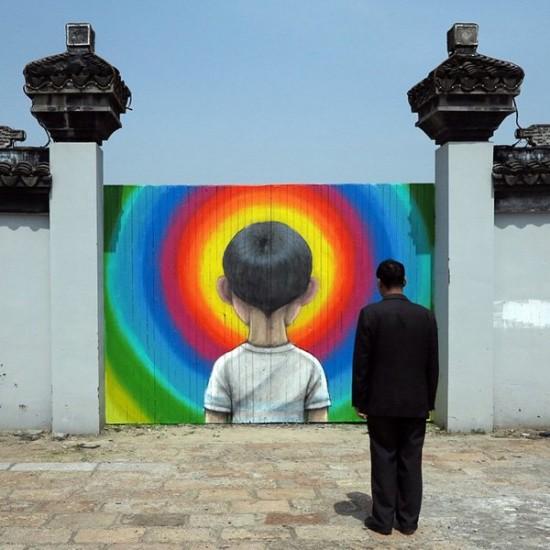 teczowy-chlopiec-mural-Globepainter